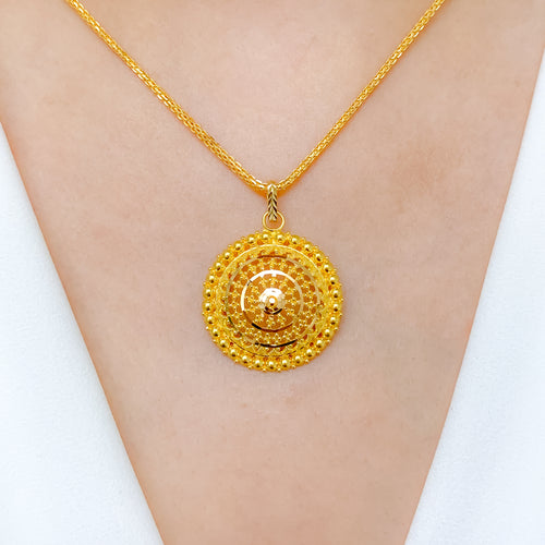 Tasteful Everyday Round Pendant