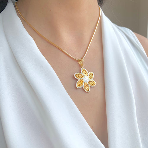 Elevated Flower Pendant Set