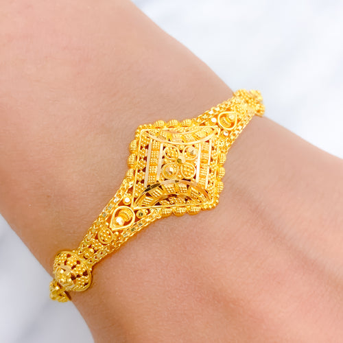Dressy Traditional Bracelet
