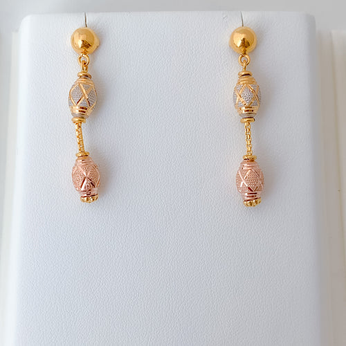 Charming Three-tone Earrings