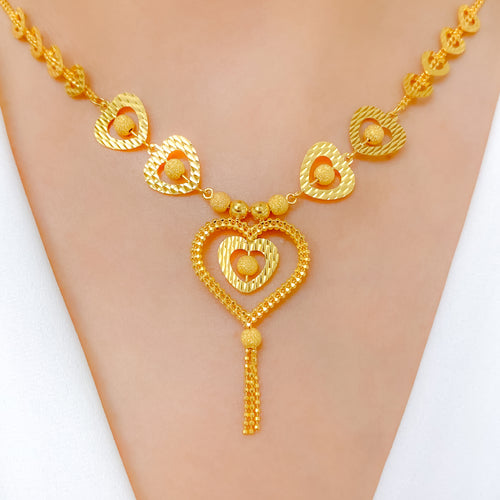 Lovely + Heartful Necklace Set