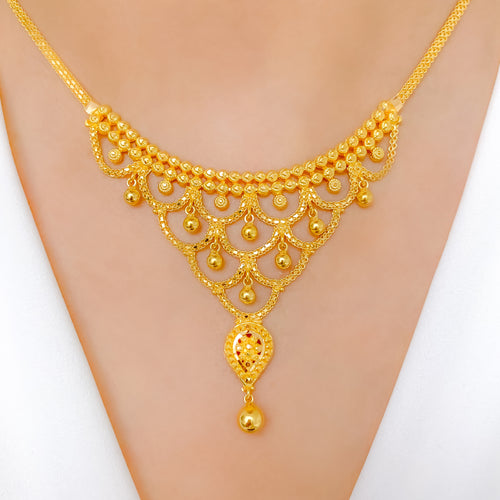 Delightful V Shaped Necklace Set
