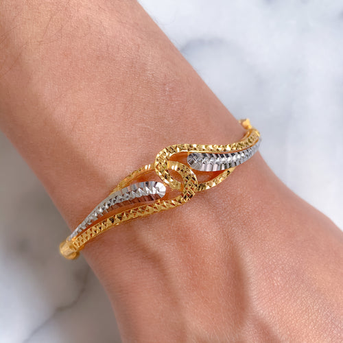 Lightweight Modern Bangle Bracelet