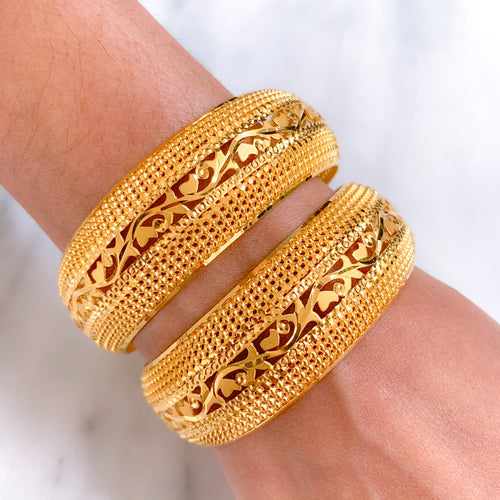 Lightweight Wide Bangles