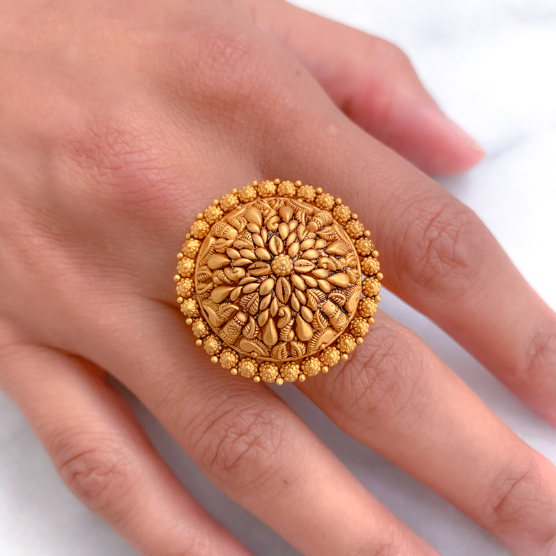 Antique Style Traditional Dome Ring