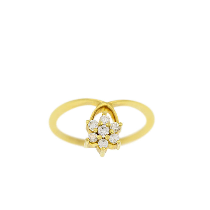 DIAMOND RING WITH FLOWER DESIGN