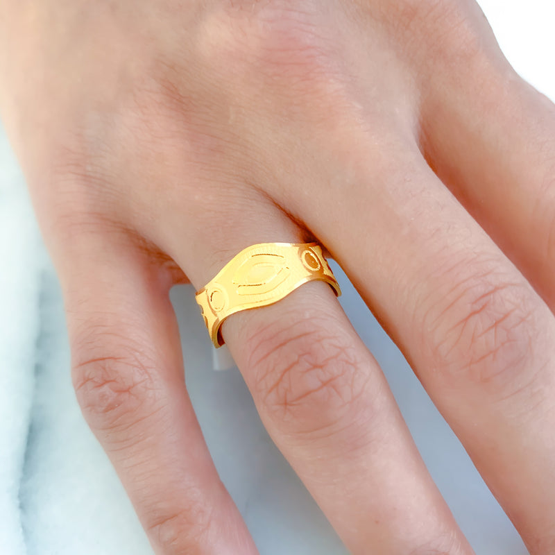High Finish Chic Gold Band