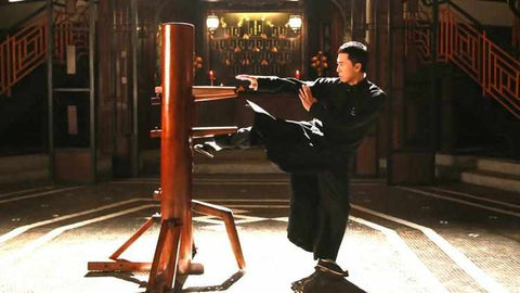 Donnie Yen shows us his Wing Chun Kung Fu techniques