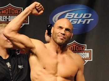 Randy Couture - The Master of the Wall 'n Stall