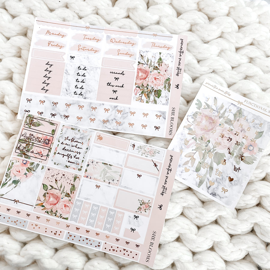 She Blooms Foiled Two Page Mini Vertical Kit