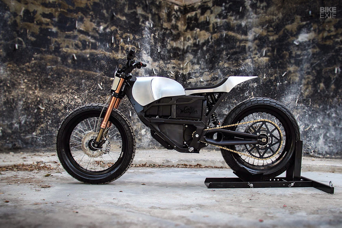Colt Wrangler Customs Zero XU Tracker - Electric with a Punch of Style