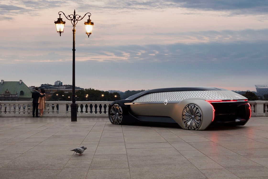 Renault EZ-Ultimo - Robotized Luxury