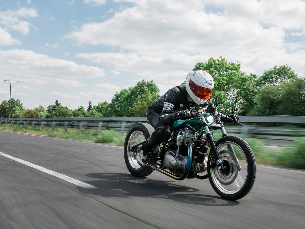 "Kawasaki W650 Brings Spice to Sprint Bikes with the ""Wasabi"""