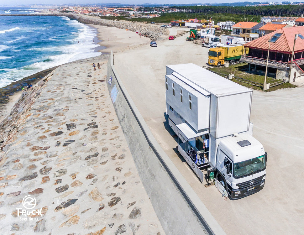 Truck Surf Hotel - King Sized Mobile Holidays
