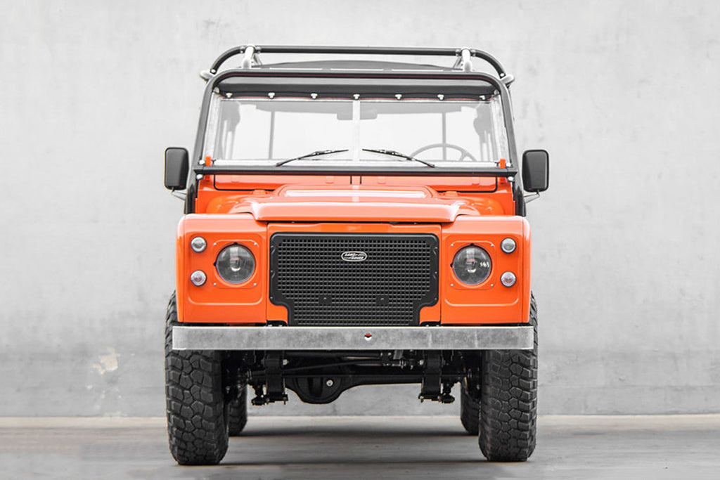 cool-and-vintage-land-rover-defender-series-3-tangerine-3