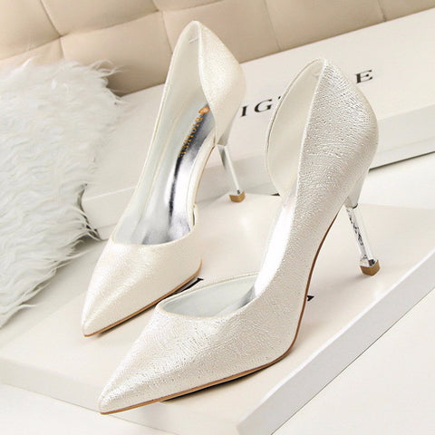 Beautiful Point Toe Design Unique Low Heels