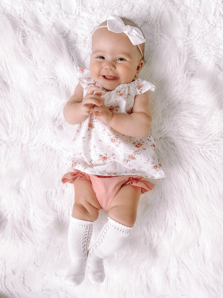 White Baby Side Open Work Knee-High Condor Socks