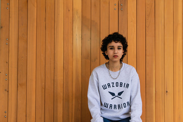 WAZOBIA WARRIOR Original ash crew-neck sweatshirt w/ navy blue print