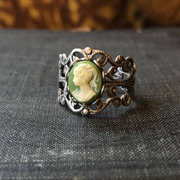 Green Lady Cameo Ring in Silver