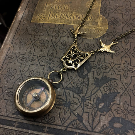 Medium Compass Necklace