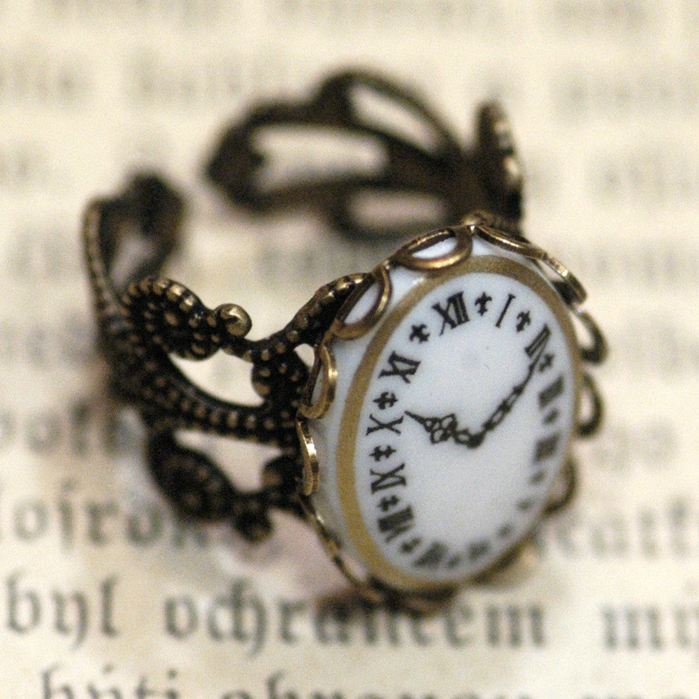 Vintage Clock Cameo Ring