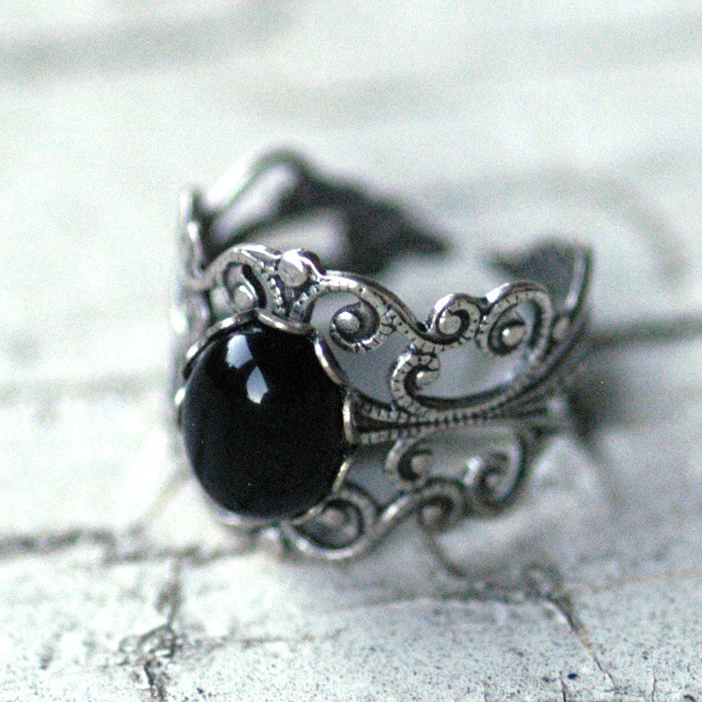 Filigree Ring - Black Onyx Stone in Silver 10x8mm