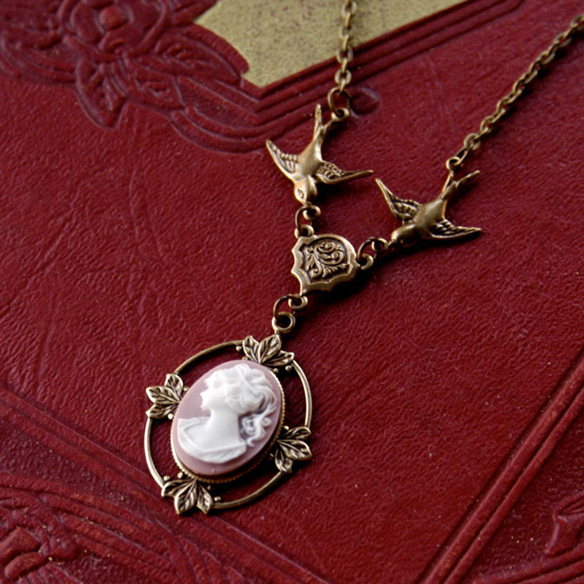 Woman Vintage Style Limited Edition Victorian Floral Cameo Gold-Plated Necklace Spinner Necklace 3 Cameos Customize You Choose
