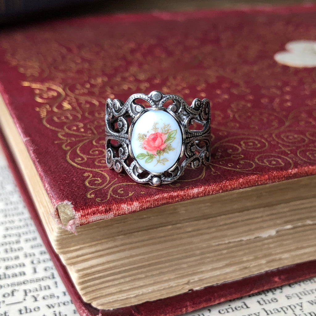 Vintage Rose Cameo Ring