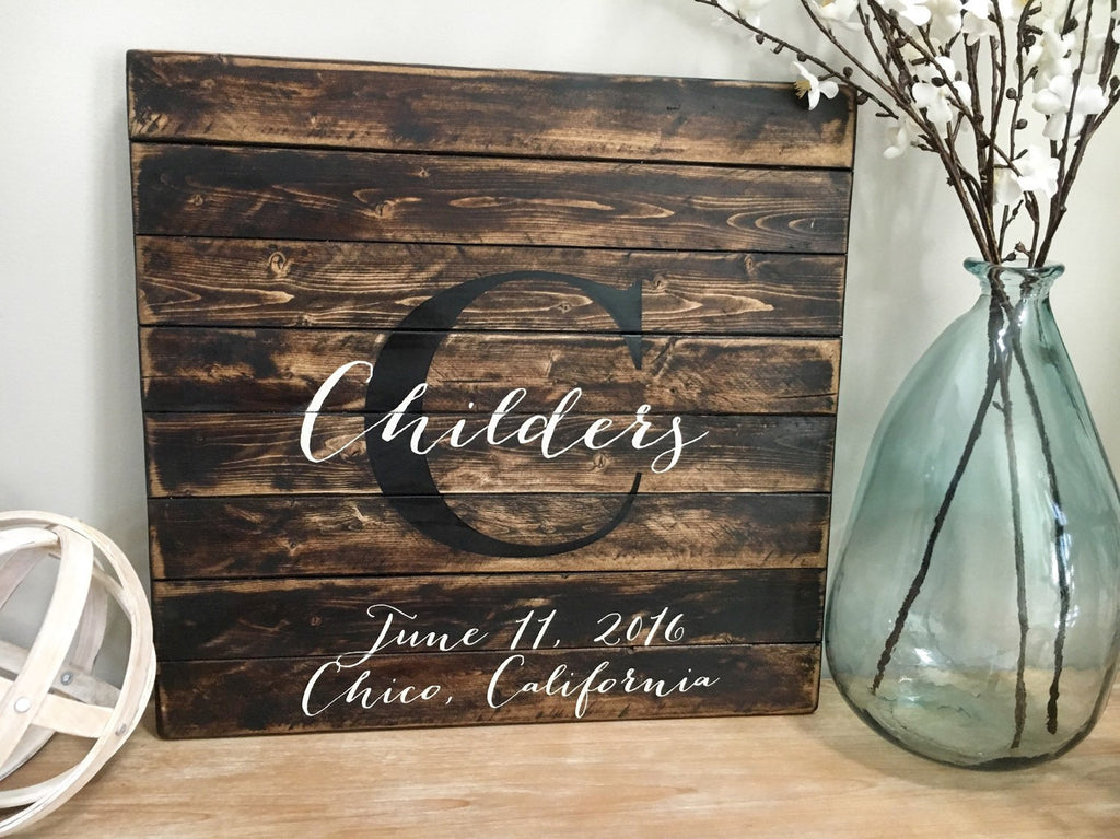 Wood wedding guest book, Rustic guest book, Wedding guest book, Pallet guest book, Wedding sign, Guest book alternative, Monogram sign - CoastalCraftyMama
