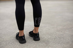 Staple 7/8 Legging