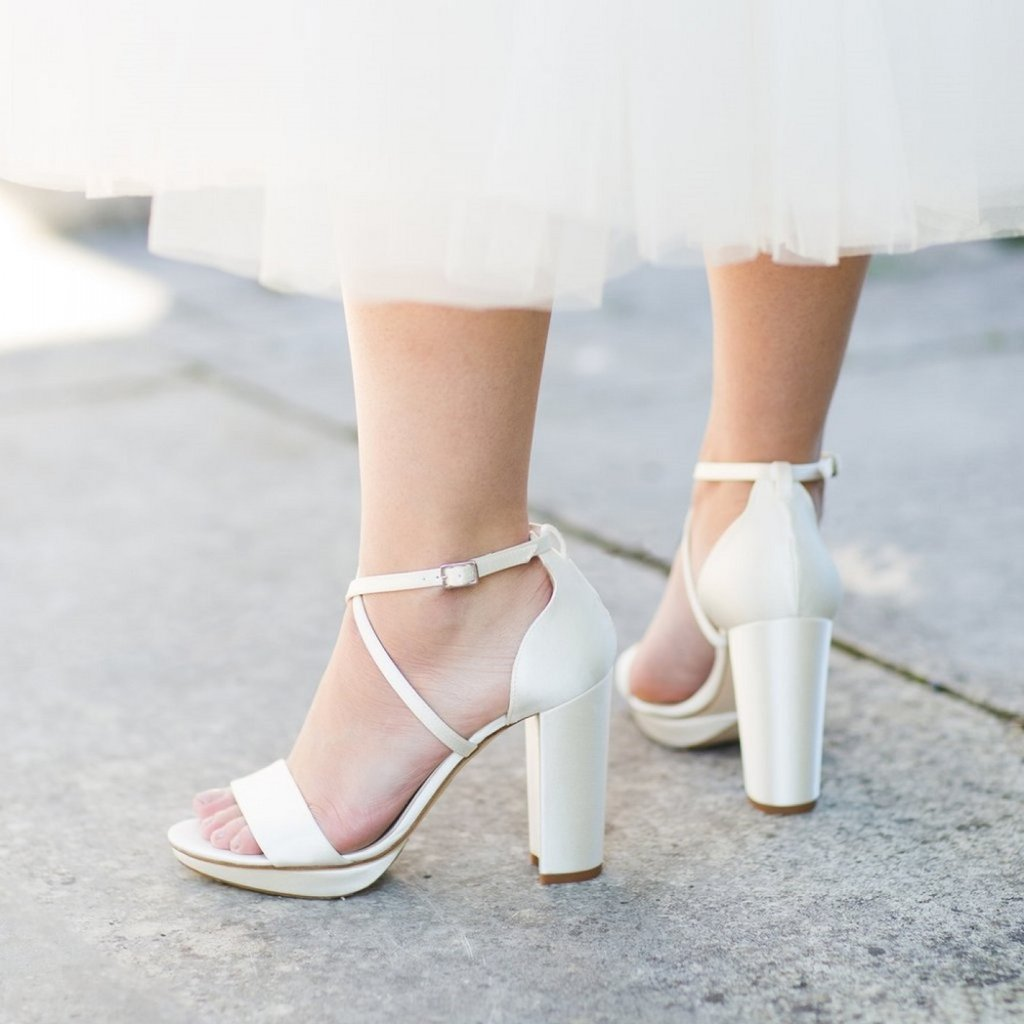 Choosing a Comfortable Shoe for Your Wedding Should Be Your Top Priority When Buying Bridal Shoes