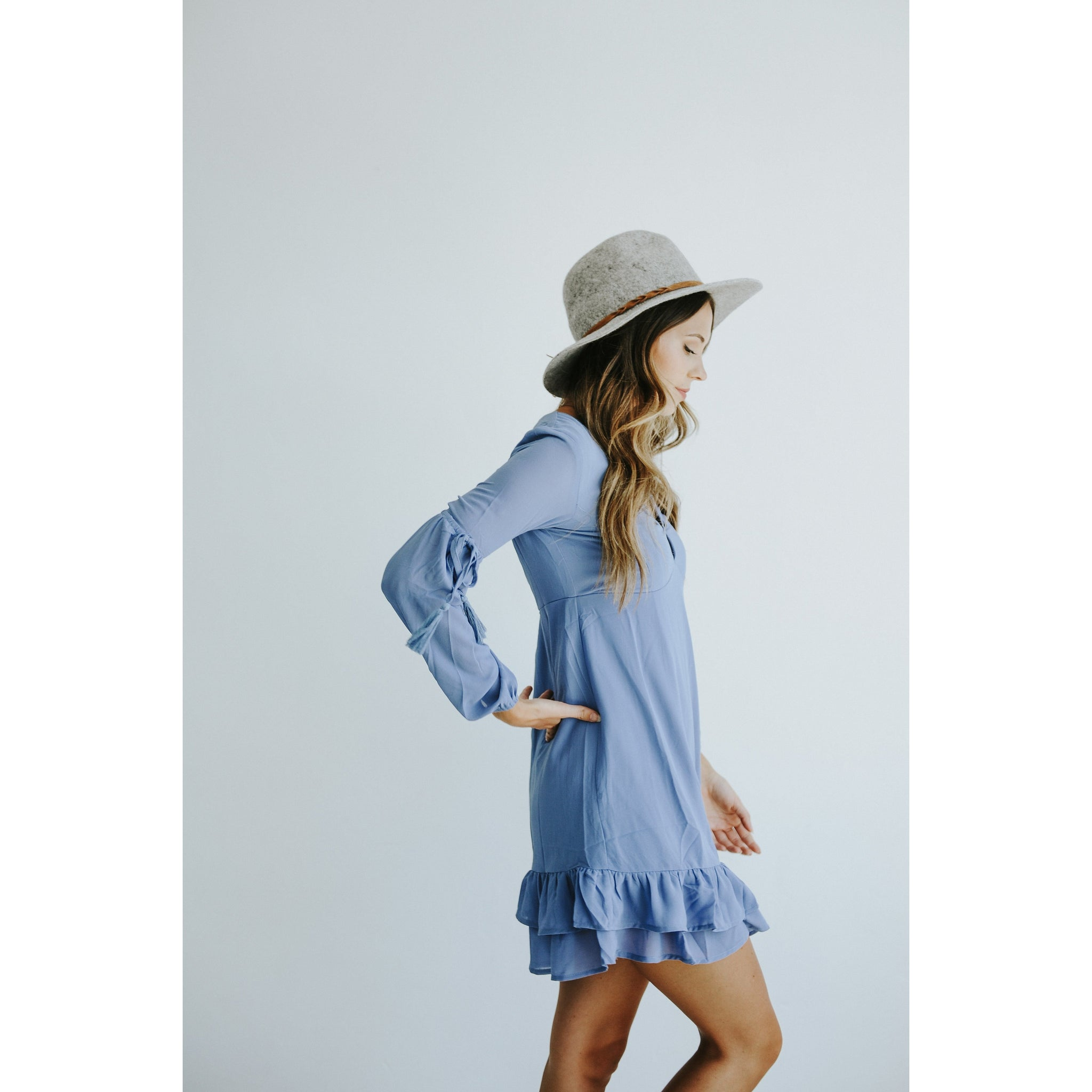AMELIA DRESS WITH SLEEVE TASSEL TIE