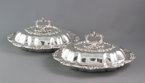 An Excellent Pair of William IV Silver Entree or Serving Dishes Birmingham 1836