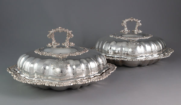 A Pair of George III Silver Entreé Dishes, Joseph Angell I, London, 1818
