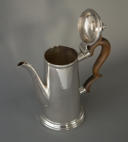 A Superb Queen Anne Irish Silver Coffee Pot Dublin 1706 by David King