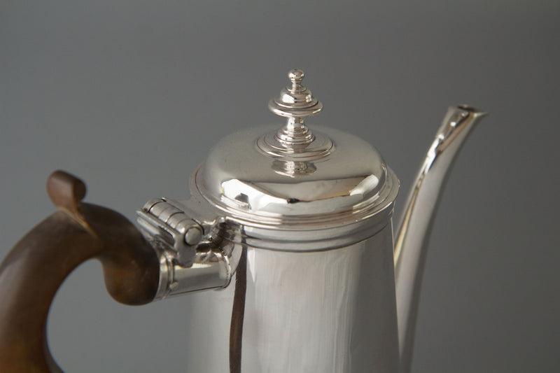 A Queen Anne Irish Silver Coffee Pot Dublin 1706 by David King