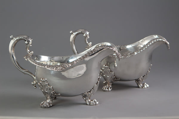 A Pair of George IV Silver Sauce Boats, London 1820 by Paul Storr