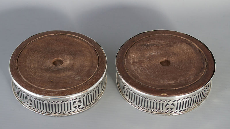 A Beautiful Pair of George III Wine Coasters, Robert Hennell, London 1779