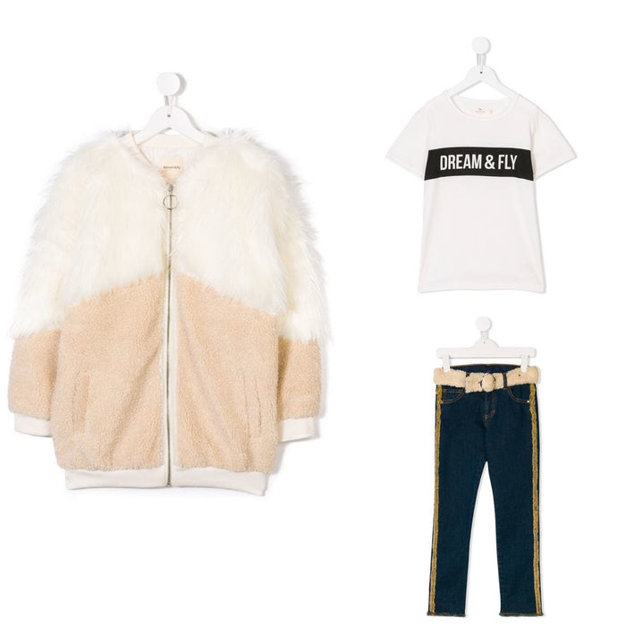 OVERSIZED FAUX FUR COAT, T-SHIRT, &
