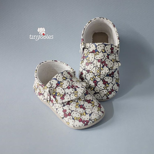 [TinySoles] Pre-walkers Soft Soled Baby Walking Shoes - Hello Kitty & Mimmy Pattern in size L - 100% Genuine Leather