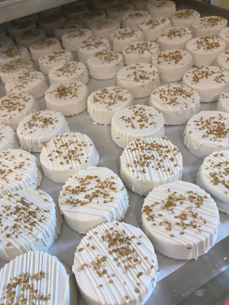 White Dipped and Drizzled Chocolate Covered Oreos with Gold Sprinkles