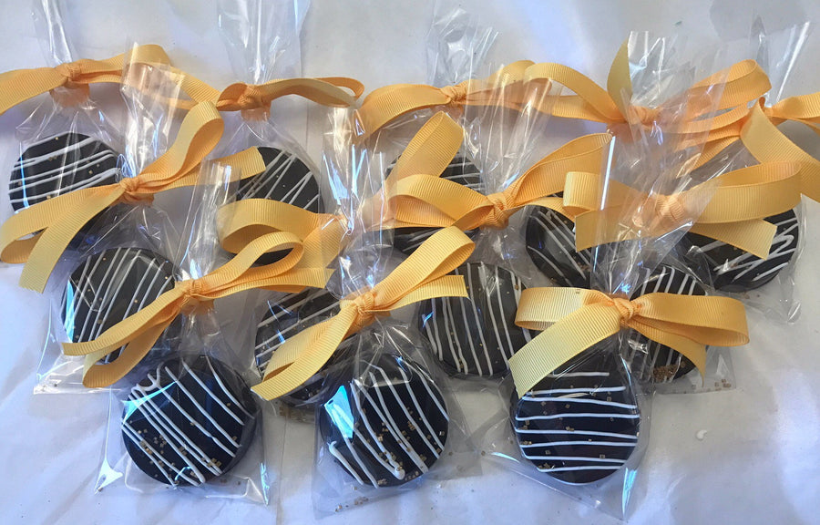 Black Chocolate Covered Oreos with White Drizzle