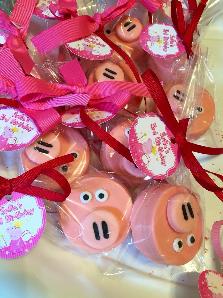 Pig Chocolate Covered Oreos, Pig Favors, Farm Party