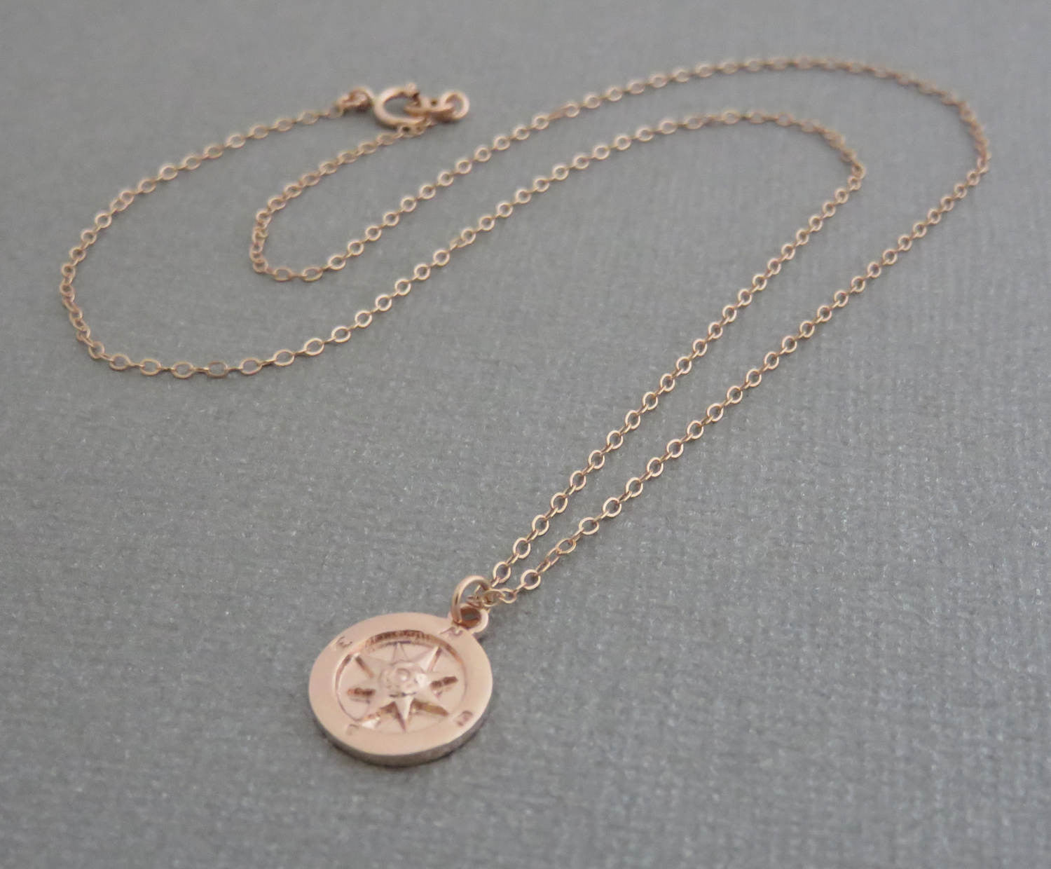 jewellery shop tilly sveaas compass fine gold necklace