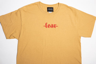 """NO FEAR"" Cropped Tee"