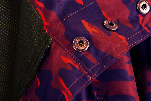 ALMVGHTY Camo Jacket - Red - Button Close-Up