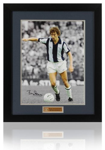 Bryan Robson hand signed photograph 16 x 12""