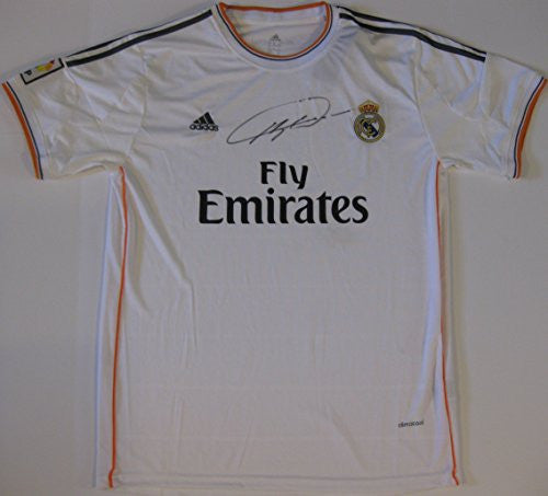 Ricardo Kaka, Kaka, Real Madrid, Signed, Autographed, Jersey, a COA with the Proof Photo of Kaka Signing the Jersey Will Be Included