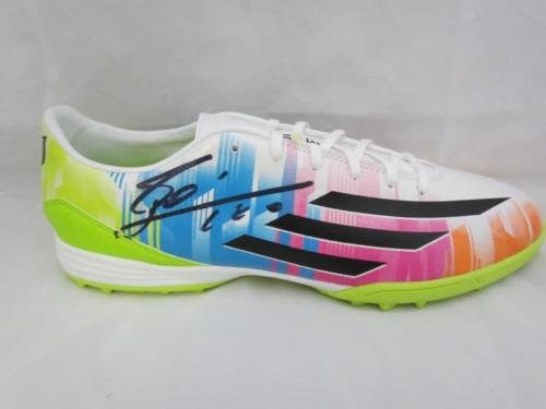 Lionel Messi Signed Football Cleats PSA/DNA