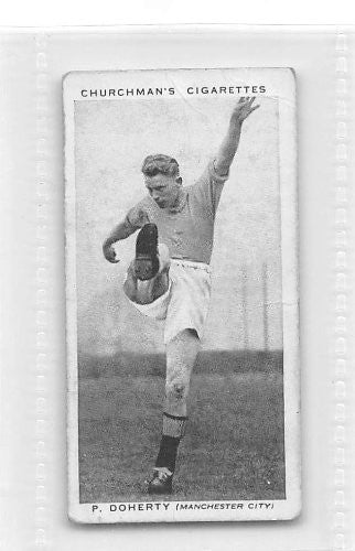 Peter Doherty - Manchester City FC 1938 Churchman Cigarettes Association Footballers #12 (GOOD)